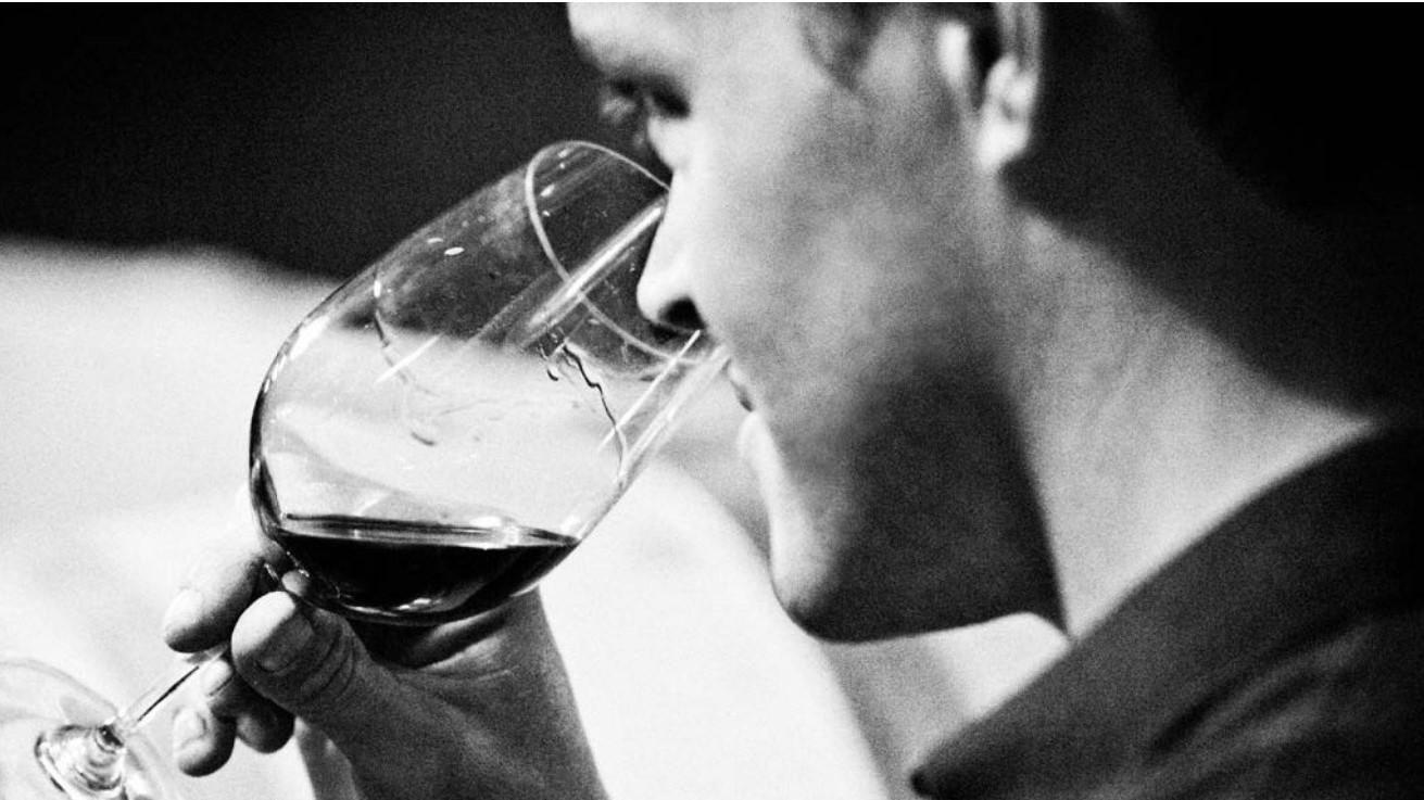 Dez motivos para você beber vinho · Revista ADEGA