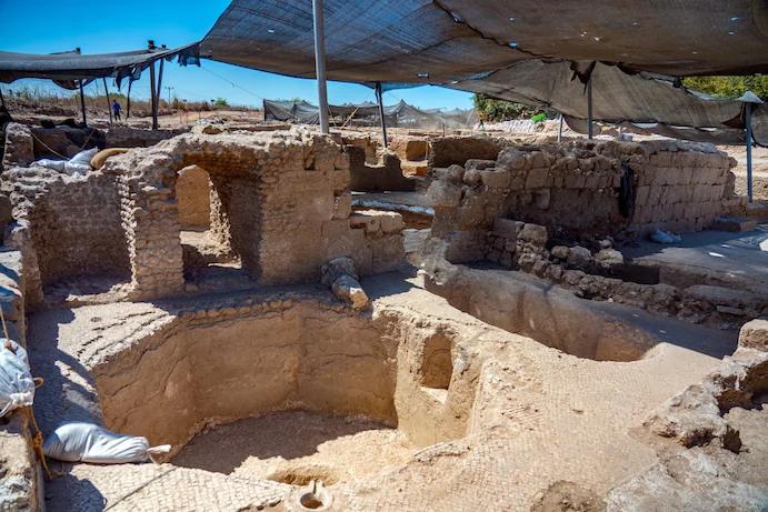 Assaf Peretz, Autoridade de Antiguidades de Israel