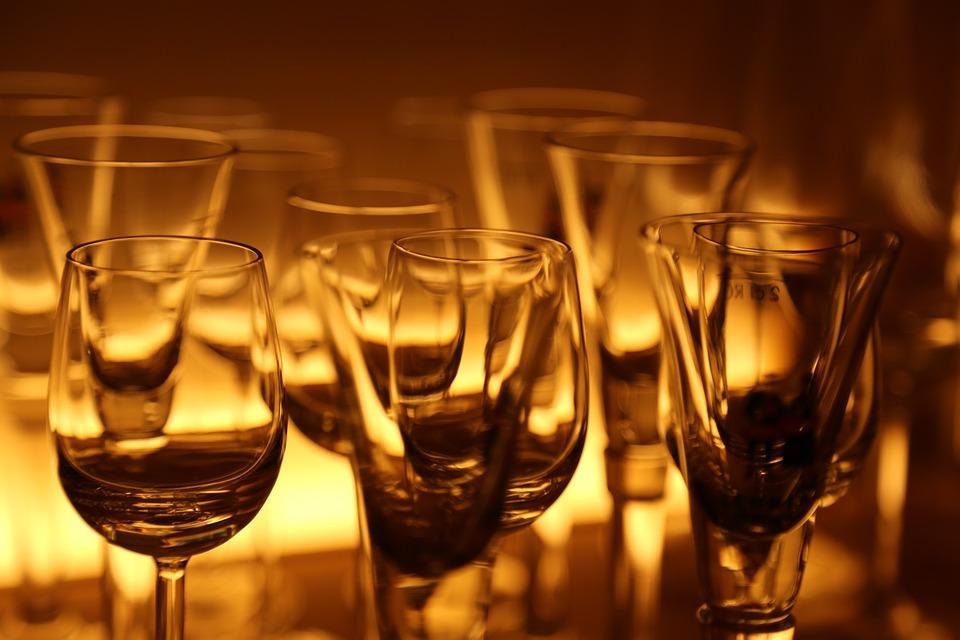 edb3d15fb Qual taça de vinho escolher  · Revista ADEGA