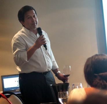 Santiago Achaval apresentou o Finca Bella Vista Malbec 2011, tinto de maior pontuação na história do Descorchados