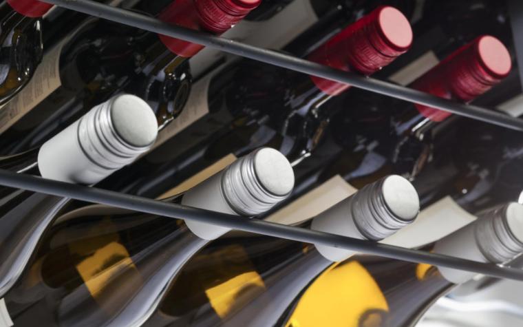 Sim, é possível envelhecer vinhos com tampa de rosca