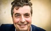 Morre aos 67 anos Denis Dubourdieu